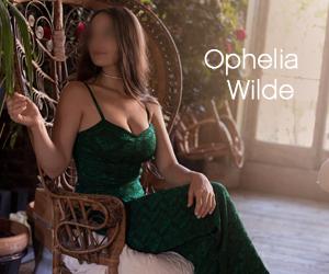 Ophelia Wilde New York high-end busty escort luxurious GFE companion