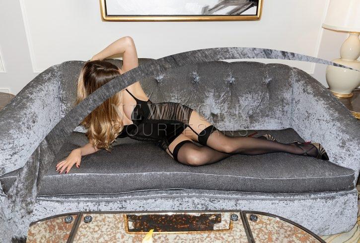 Glamour escort NYC Liv Klein
