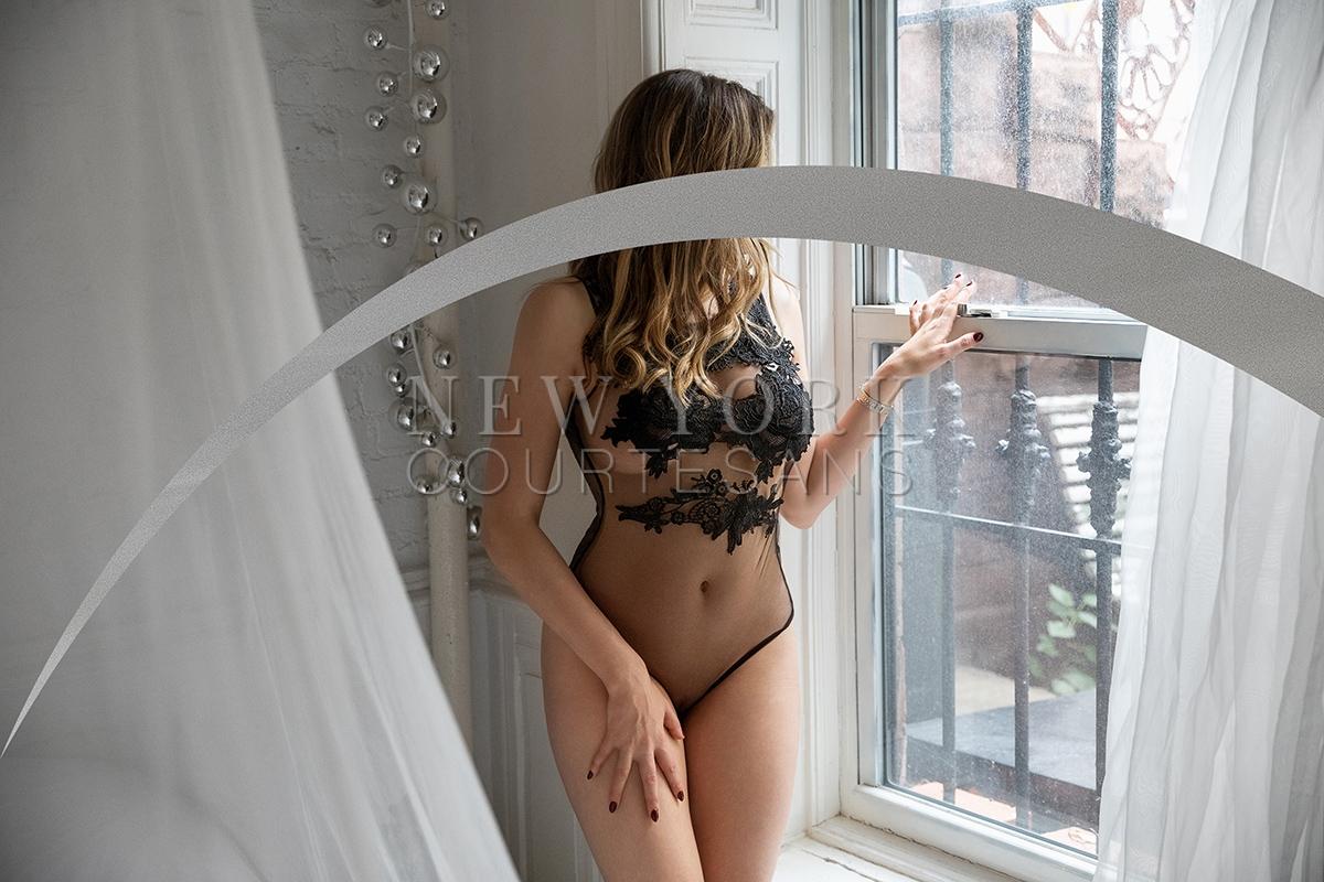High-end escort Liv Klein