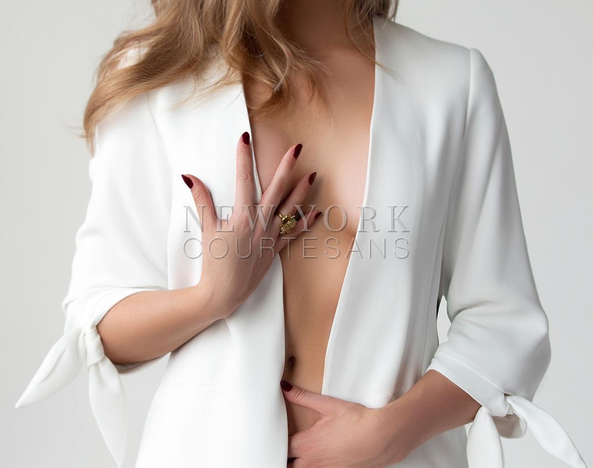 NYC upscale escort Liv Klein
