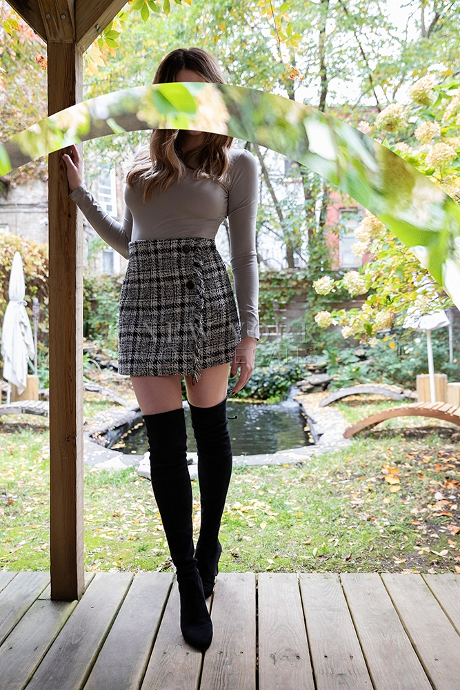 Stylish escort NYC Liv Klein