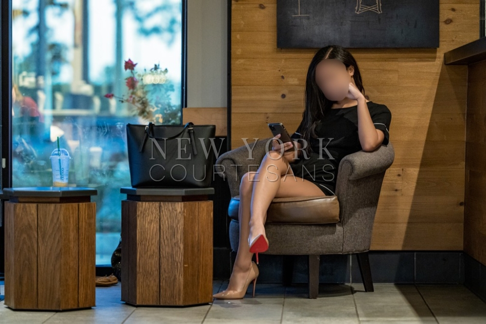 Elite escort NYC Alexandra Chastain